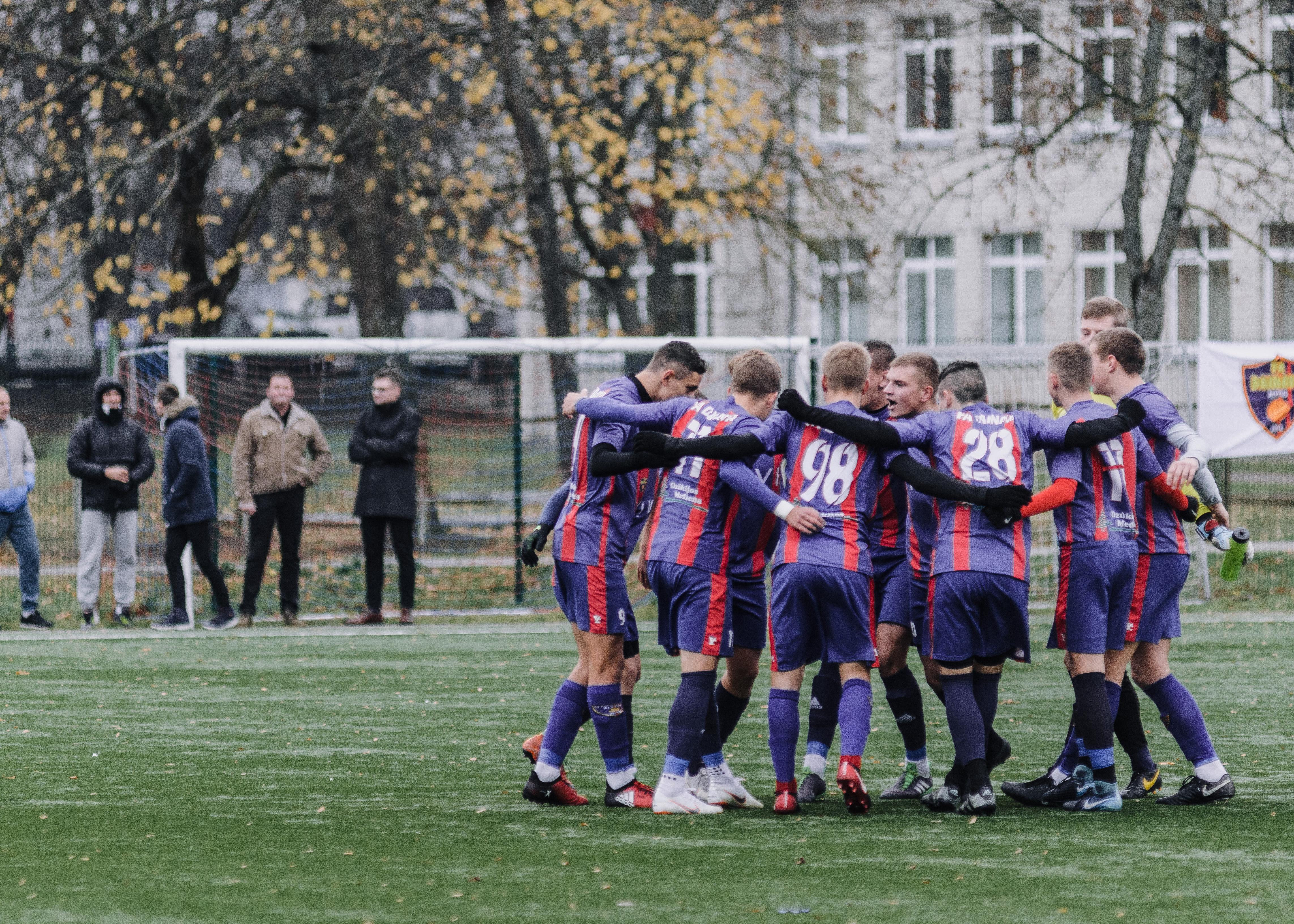"""FA """"Dainava"""" sezoną baigė pergale ir bronzos medaliais"""