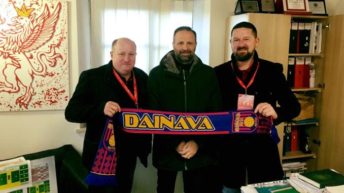 """Naujasis """"Dainavos"""" direktorius – Žydrūnas Lukošiūnas (dešinėje)."""